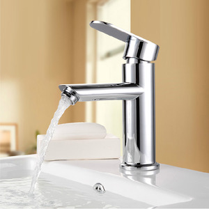 Designed Brass Single Handle Deck Mounted Bathroom Sink Faucet