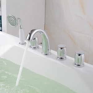 Designed Sidespray Five Hole Hand Held In Bathtub Faucet