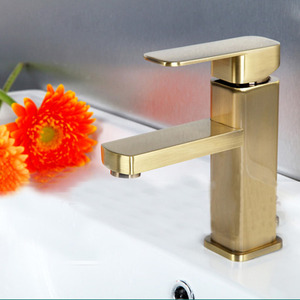 Simple Brushed Gold Square Shaped Bathroom Sink Faucet