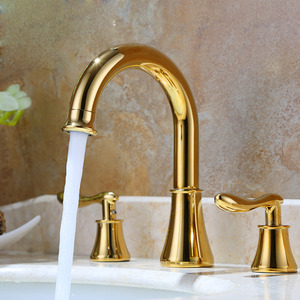 Antique Gold Streamlined Designed Three Set Bathtub Faucet