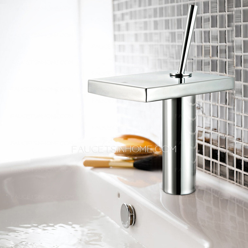 Sink faucets standard size hole for bathroom sink for Cool bathroom sink faucets