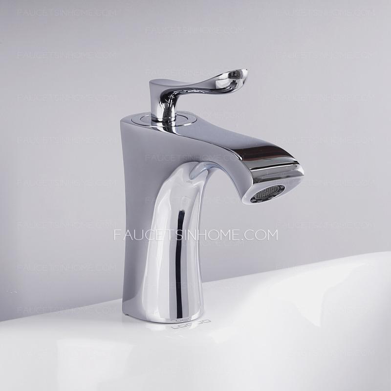 Designed Radian Single Handle Copper Bathroom Sink Faucet