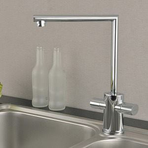 Modern Vertical Shaped Rotatable Heighten Kitchen Faucet