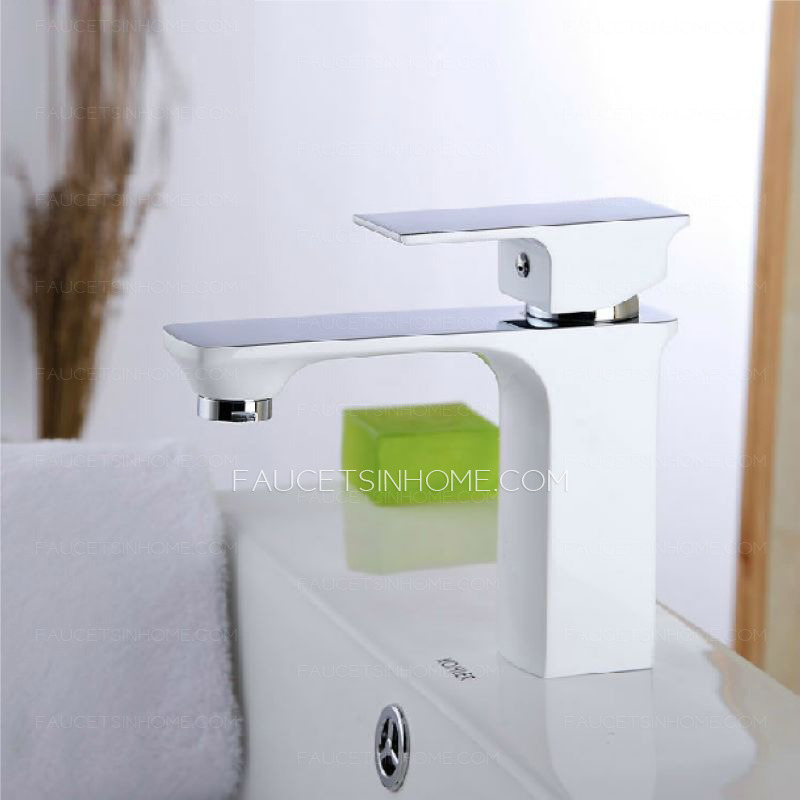 New Style Square Shaped Single Hole Bathroom Sink Faucet