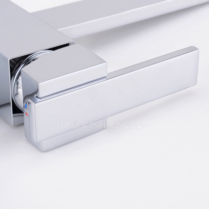 Modern Square Shaped Kitchen Faucet Single Side Handle.
