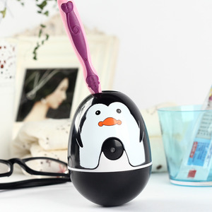 Cute Tumbler Penguin Kids Toothbrush Holder