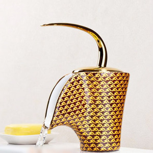 Creative Dec Golden Cup Bathroom Faucet Ideas