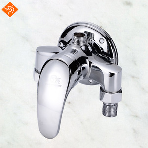 Wall Mounted Modern Bath Faucets Shiny Apperance