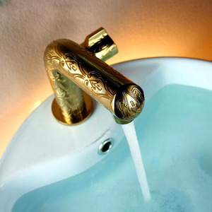 Classcial Gold Faucet Carving Patterns For Bathroom