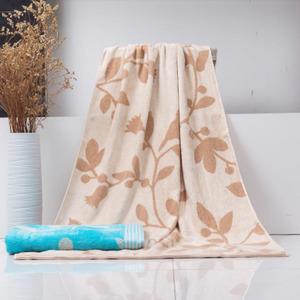 Comfortable Leaf Pattern Cotton 55*28 Inch Bath Towel