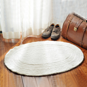 Simple White Oval Shaped 23.6*35.4 Inch Bathroom Rug