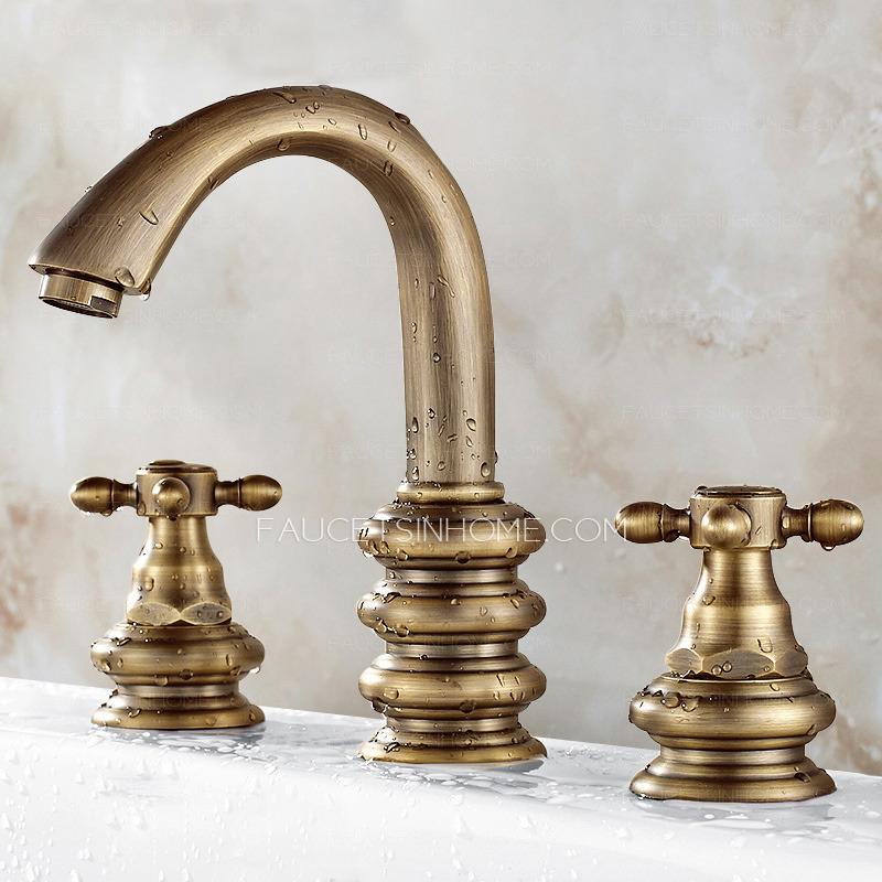 Short Three Hole Two Handles Brass Bathroom Sink Faucet