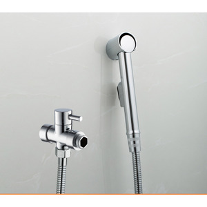 Small Simple Handled Portable Bathroom Bidet Faucets